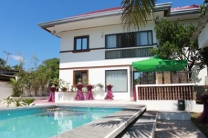 Carasuchi Villa Holiday Rental Tagaytay Philippines Pool