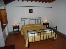 Master Bedroom in Arezzo Holiday Flat Apartment in Tuscany, Italy