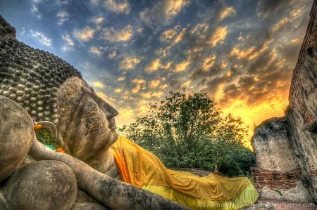 Reclining Budda at Sunset