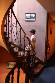 Children love exploring. And his children had a great time at Chatea des Bondons.