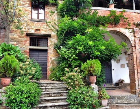 Internal Courtyard of Montalto Castle.