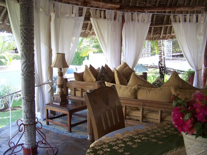 Taj Riviera House, Diani Beach Kenya (Rates 135-125 Euros per night, Sleeps 6)